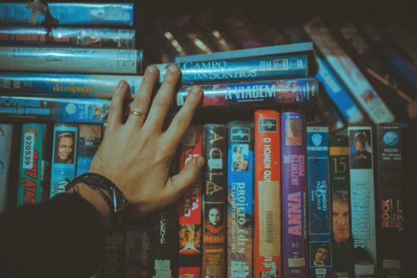 動画配信サービスはそもそもお得?DVD宅配サービスと比較